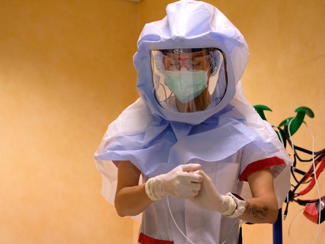 Impennata dei contagi: oggi 384 nuovi casi