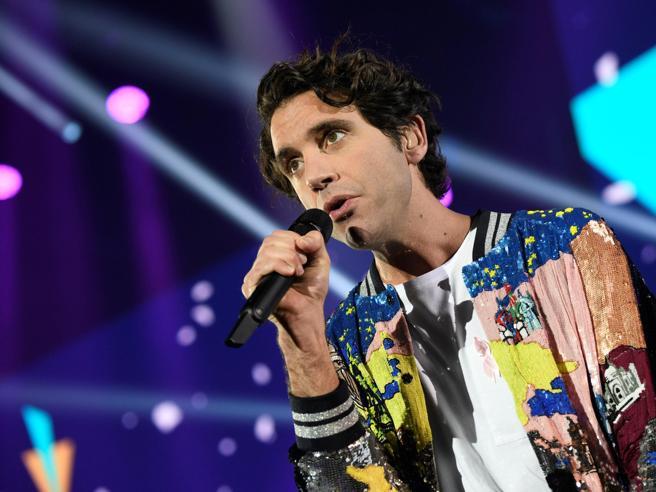 Il dolore di Mika per la sua Beirut: