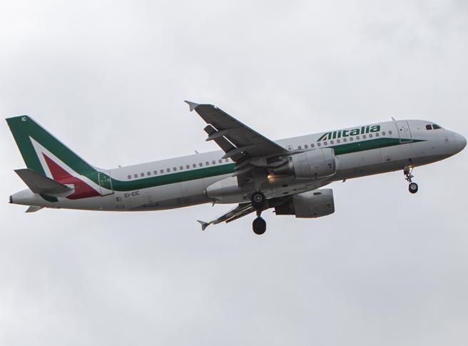 Alitalia, dal 1 ottobre niente più voli da e per Malpensa