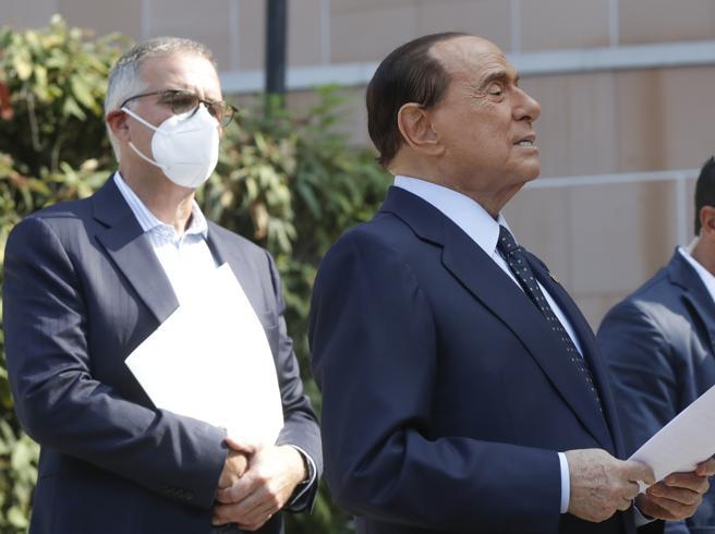 Covid, Zangrillo: «Berlusconi era preoccupato. Ha avuto la percezione che l'infezione potesse sfuggire di mano»