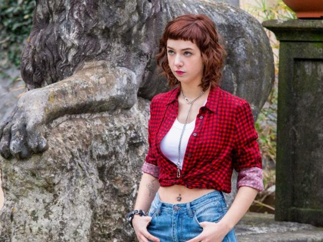 Anna Lou Castoldi, figlia di Asia Argento e Morgan, debutta su Netflix