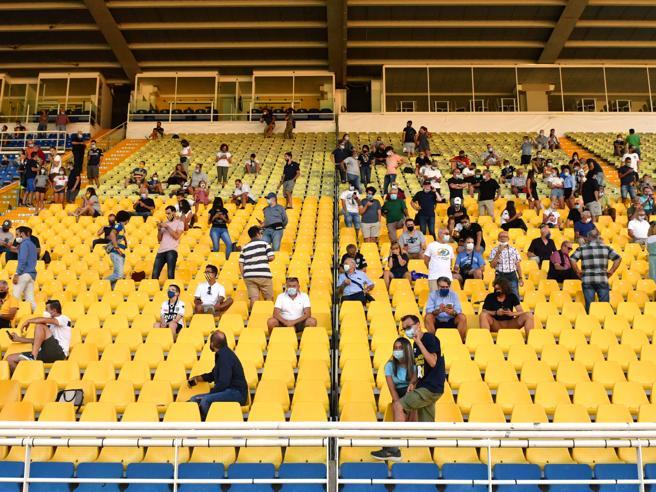 Tornano i tifosi, Sassuolo-Cagliari con mille spettatori sugli spalti