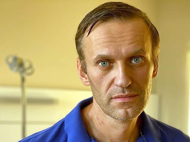Navalny dimesso dall'ospedale: