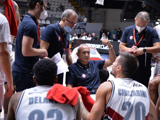 Ettore Messina, Olimpia a dimensione europea: «Giocare bene e vincere in campionato ci spingerà in Eurolega»