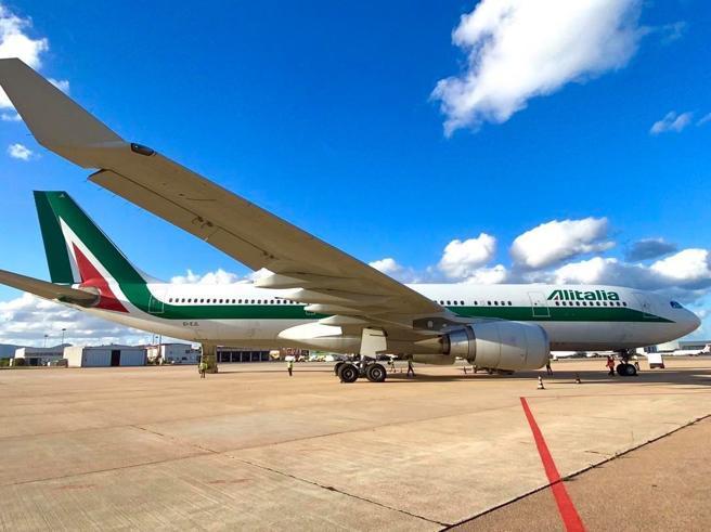 Alitalia: firmato il decreto per la NewCo