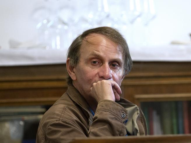Houellebecq: «Addio saggi, solo romanzi». Su «la Lettura» in anteprima nell'App