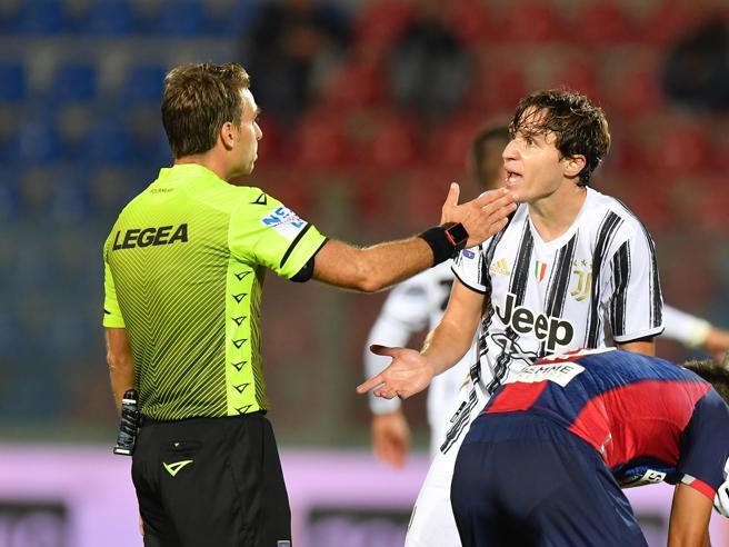Crotone-Juventus 1-1, Morata non basta dopo Simy-gol; Chiesa si fa espellere al debutto