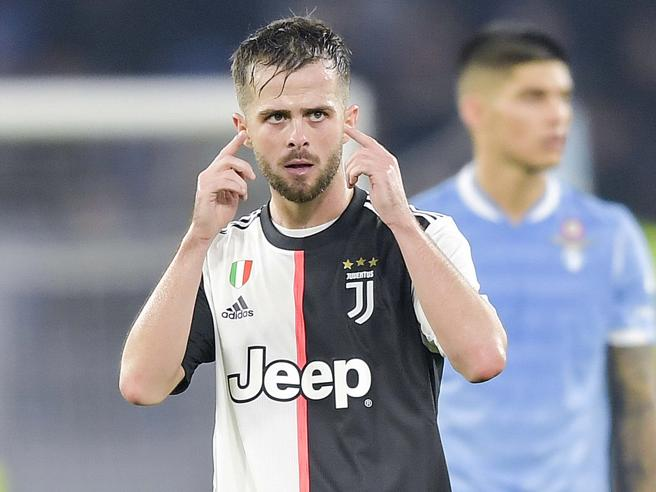 Sarri Juventus, retroscena di Pjanic: