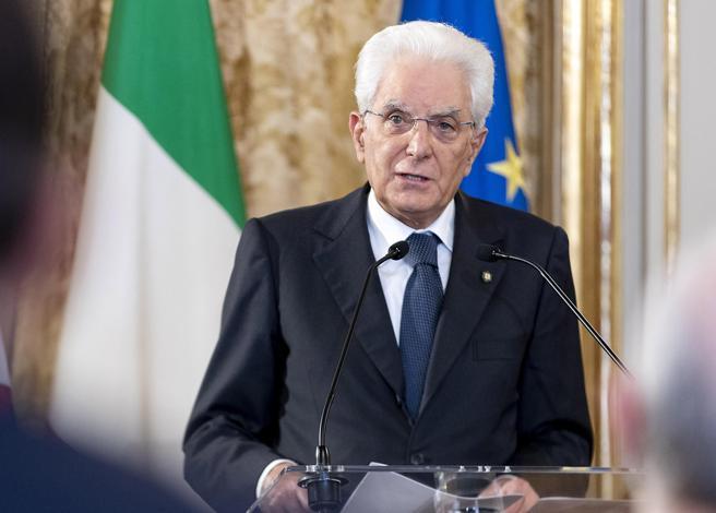 Mattarella: «Le altre patologie non sono finite in lockdown»