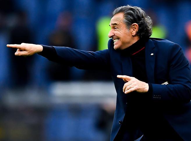 Fiorentina-Benevento, Prandelli torna sulla panchina viola dopo 3.843 giorni. Per provare a rinascere