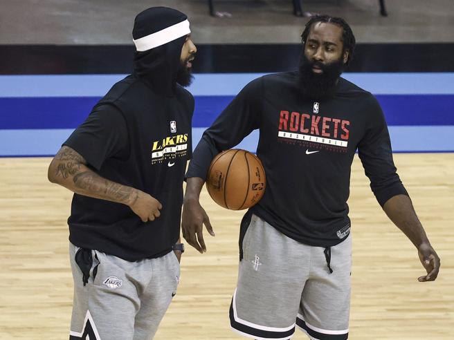 Nba, Harden scarica Houston: «Situazione insostenibile», finisce ai Brooklyn Nets