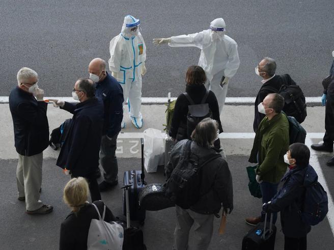 Covid: Oms su stop esperti, 'negativi prima del viaggio' - Ultima Ora