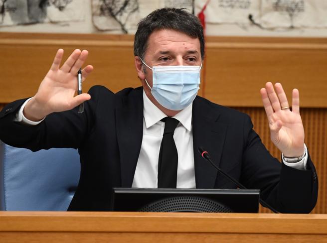 Governo, un giorno di caos e trattative. Poi Renzi fa scoppiare la crisi