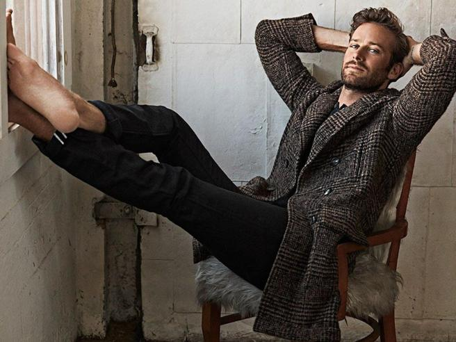 Armie Hammer lascia Shotgun Wedding a causa dell'odio online