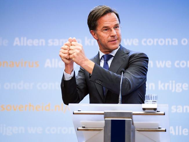 Olanda, governo Rutte si dimette per scandalo nazionale