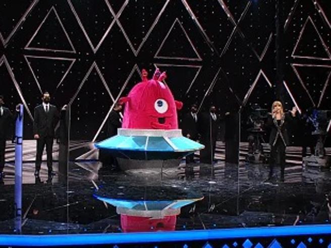 Il Cantante mascherato 2021, Baby Alieno è… i Ricchi e Poveri