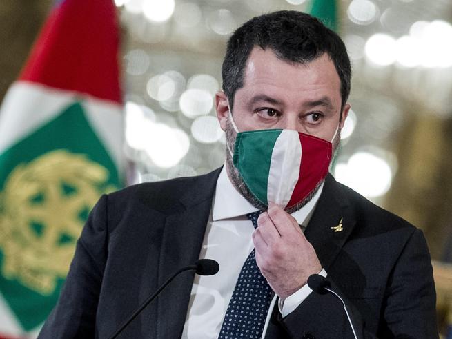 Milan, l'autoironia di Salvini: