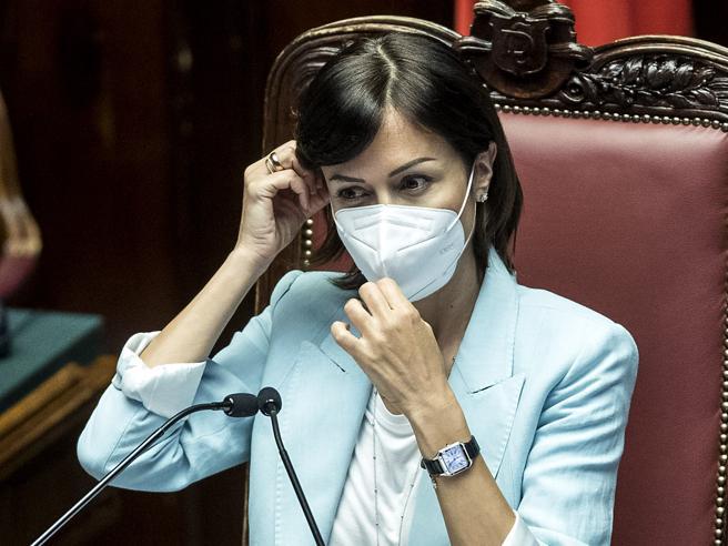 La ministra Carfagna: «Per il Sud  ci sono 150 miliardi. Il reddito di cittadinanza ha limiti enormi»