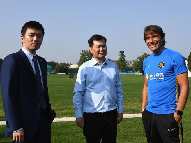 Inter, Bc Partners alza l'offerta a 800 milioni, Suning paga (forse) gli stipendi. E la squadra vola