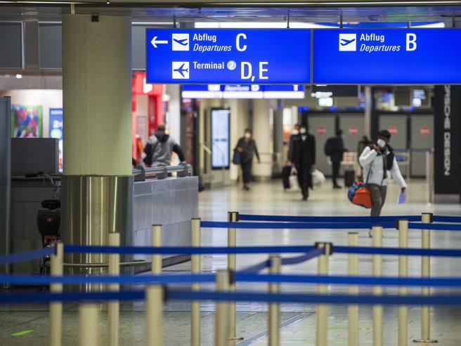 Variante indiana Speranza vietato ingresso in Italia a chi è stato in India negli ultimi 14 giorni