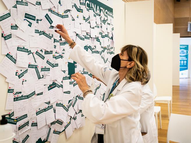 Vaccini, a giugno 20 milioni di dosi