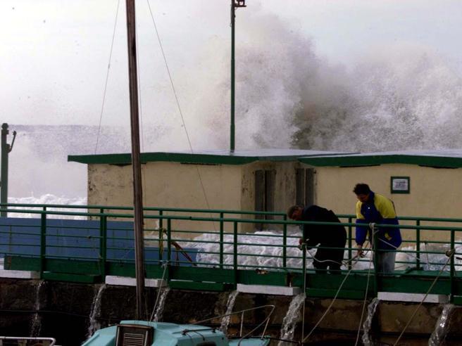 Nel weekend Italia divisa tra nuovi acquazzoni e caldo africano