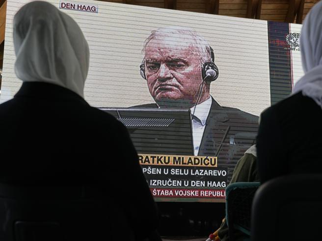 Ergastolo per Ratko Mladic, il boia di Srebrenica