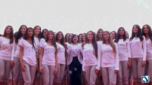 Video ragazze nude a scuola pic 89