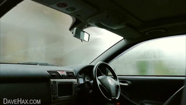 Ecco il segreto per non far appannare i vetri dell'auto
