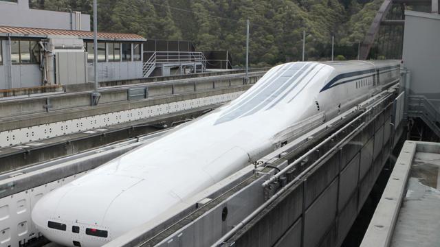 In Giappone sfreccia a 603 km/h il treno a levitazione magnetica