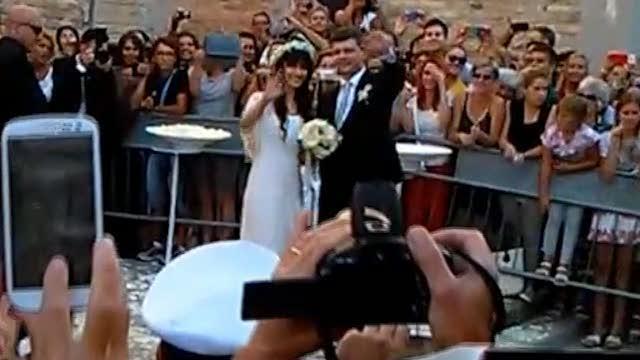 Elisa si è sposata  nozze a Grado con il chitarrista Andrea Rigonat ... b0e71350c827