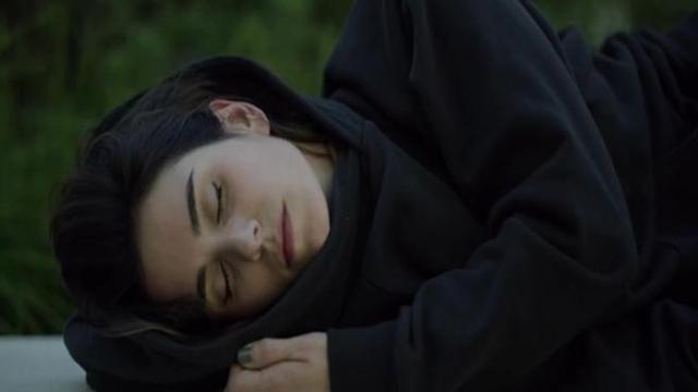 innovative design f5975 2861d La felpa con il cappuccio gonfiabile per dormire dove vuoi ...