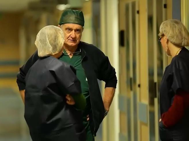 Bisturi che non tagliano negli ospedali italiani: l'allarme dell'associazione chirurghi