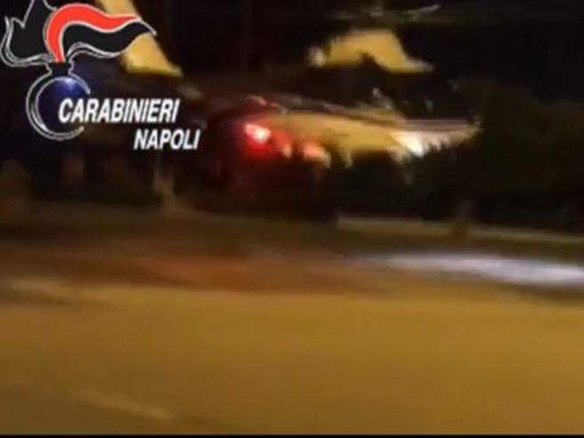 Napoli, caccia al boss in elicottero:la maxioperazione in tempo reale