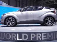 Toyota Ch-R, il crossover su base Prius
