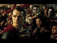 La guerra tra super eroi diretto dal regista  Zack Snyder è ricco di sorprese. Ma a colpire è soprattutto l?atmosfera da post 11 settembre <i> - Paolo Mereghetti</i> /<i>CorriereTV</i>