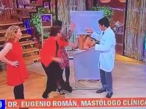 Cile imbarazzo in diretta tv la modella resta nuda for Diretta dal parlamento