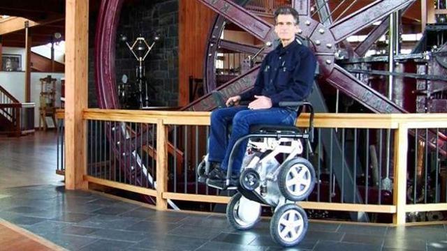 Sedie A Rotelle Per Scale : Arriva ibot la carrozzina che supera tutti gli ostacoli corriere tv