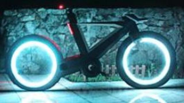 Niente raggi, freni invisibili e ruote a led: la bici da fantascienza è in carbonio