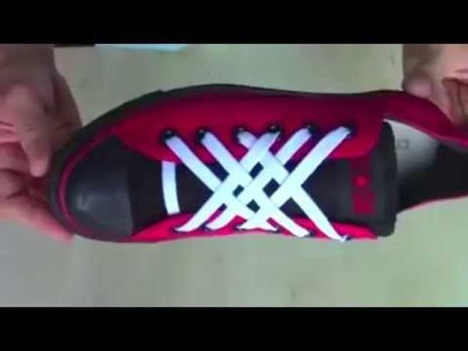 Cinque modi creativi per allacciarsi (velocemente) le scarpe - Corriere TV 76f7c3e7a89
