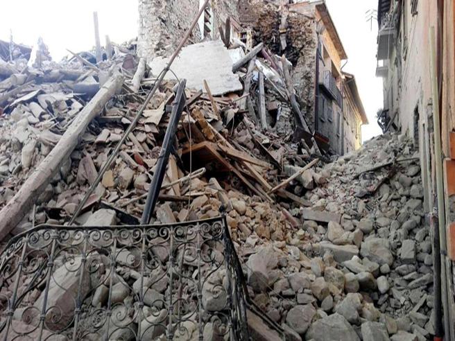 Terremoto in Centro Italia: le immagini di Accumoli, epicentro del sisma
