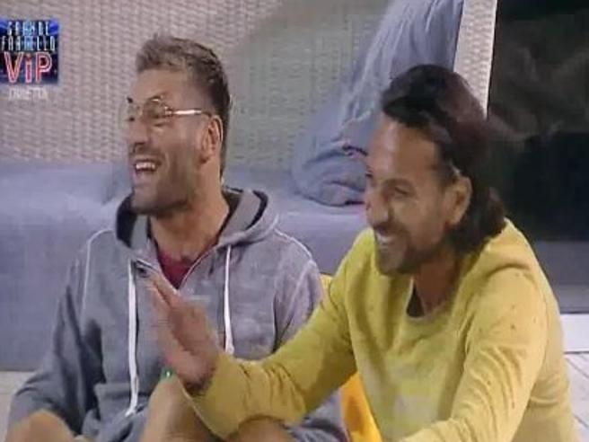 Grande Fratello Vip: Clemente Russo dà del «ricchiuncello» a Bosco Cobos
