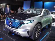 Mercedes al Salone di Parigi: ecco la generazione EQ