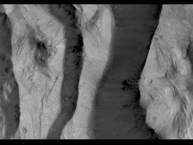 Le prime immagini di Marte riprese dalla sonda europea