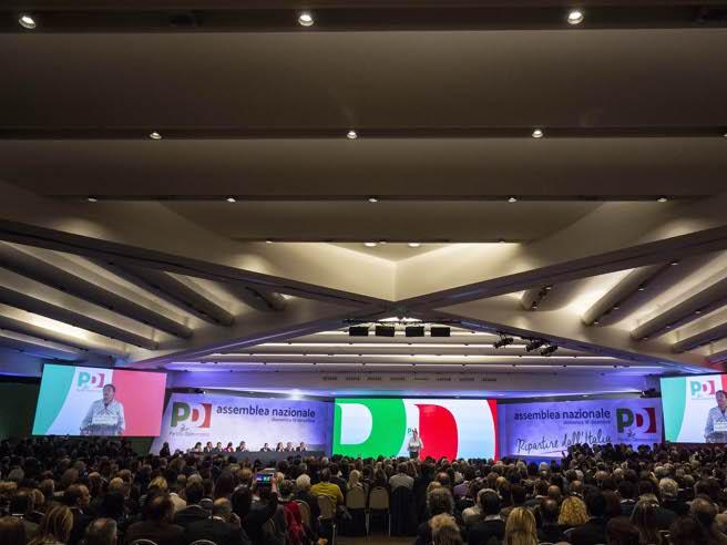 Assemblea nazionale del Pd, dopo il segretario Renzisi apre il dibattito La Diretta