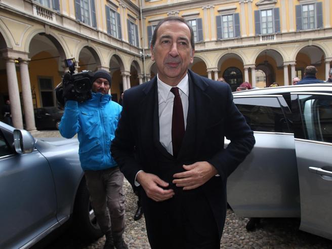 Sala torna a Palazzo Marino,L'intervento in Consiglio Comunale  Diretta video