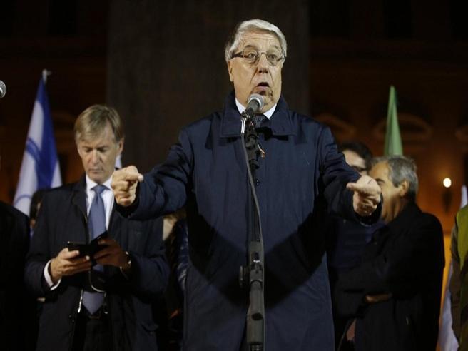 Giovanardi: «Si parla sempre bene dei gay ma di Foffo e Prato, assassini di  Varani?» Audio