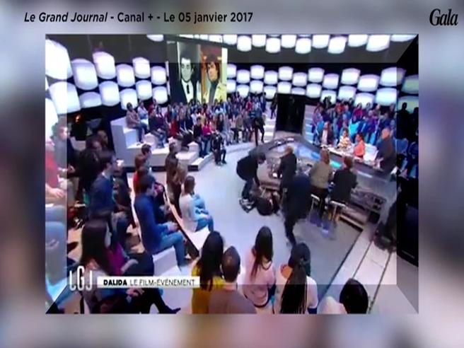 Malore in diretta per Sveva Alviti, la «nuova Dalida» Guarda il video