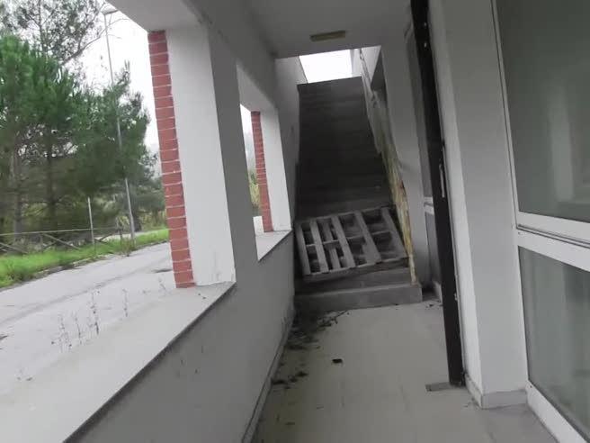 Ecco la residenza sanitaria chiusa  da 10 anni perché   finita «solo»  al 99%: buttati via 8 mln di euro