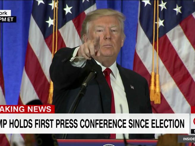 Trump si rifiuta di rispondere alla domanda del giornalista Cnn